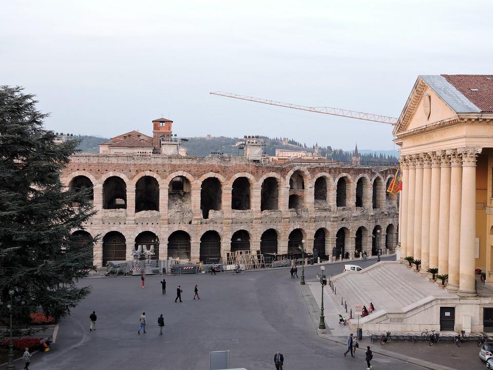 Verona Arena in Piazza Bra